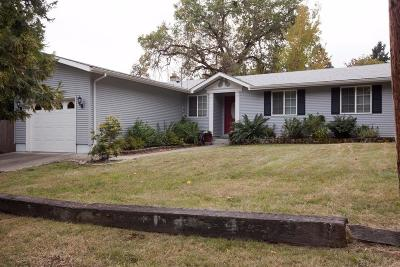 Josephine County Single Family Home For Sale: 1125 NW B Street