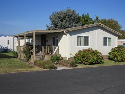 Grants Pass Mobile Home For Sale: 5076 Leonard Road #100