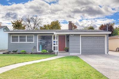 Josephine County Single Family Home For Sale: 335 NE C Street