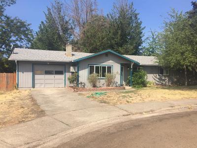 Josephine County Single Family Home For Sale: 50 SW Blenda Court
