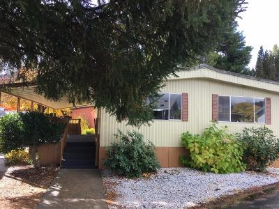 Rogue River Mobile Home For Sale: 315 W Evans Creek Road #21