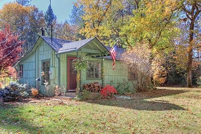 Jackson County, Josephine County Single Family Home For Sale: 3065 Fish Hatchery Road