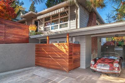 Ashland Single Family Home For Sale: 591 Elkader Street
