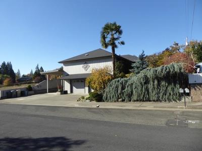 Grants Pass Single Family Home For Sale: 1350 NW Prospect Avenue
