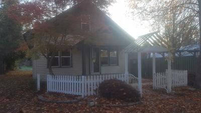 Rogue River Single Family Home For Sale: 810 Pine Street