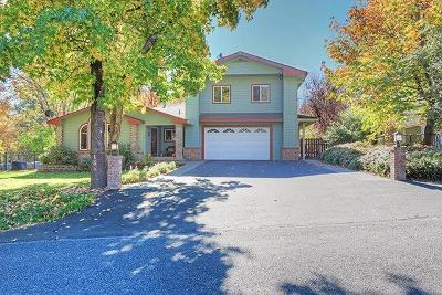 Josephine County Single Family Home For Sale: 155 NW Woodbrook Drive