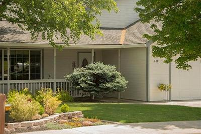 Eagle Point Single Family Home For Sale: 448 Phyllis Dr
