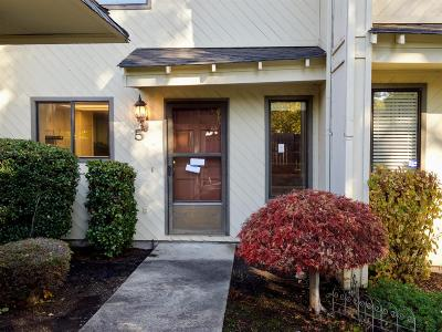 Medford OR Single Family Home For Sale: $148,900