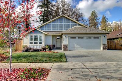 Grants Pass Single Family Home For Sale: 2898 SW Shimmer Lane