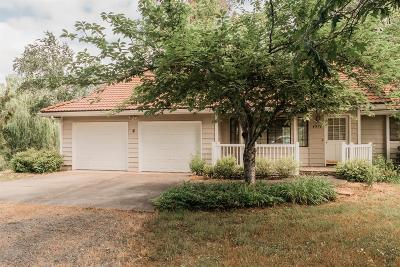 Grants Pass Single Family Home For Sale: 4570 Leonard Road