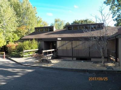 Medford OR Single Family Home For Sale: $359,900