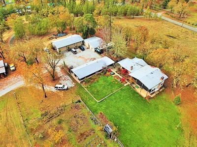 Single Family Home For Sale: 2655 Robertson Bridge Road