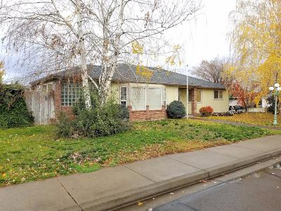 Central Point Single Family Home For Sale: 897 Forest Glen Drive