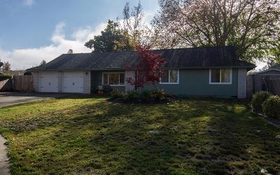 Central Point Single Family Home For Sale: 662 Prairie Road
