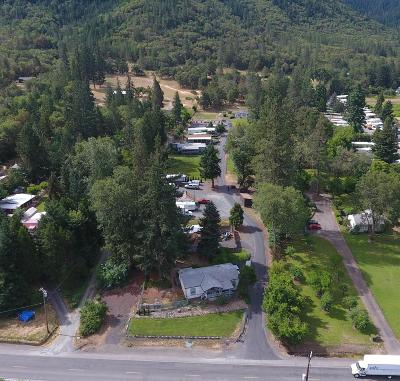 Grants Pass OR Commercial For Sale: $789,900