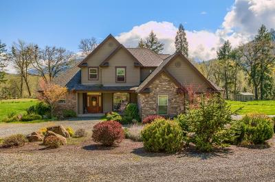 Grants Pass OR Single Family Home For Sale: $799,000