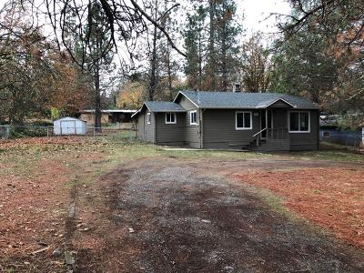 Grants Pass OR Single Family Home For Sale: $199,900