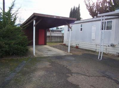 Medford Mobile Home For Sale: 3848 S Pacific Highway #22