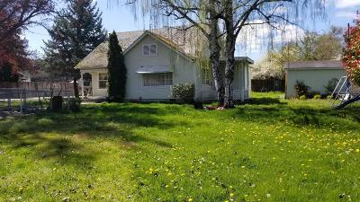 Grants Pass Single Family Home For Sale: 1870 Cloverlawn Drive