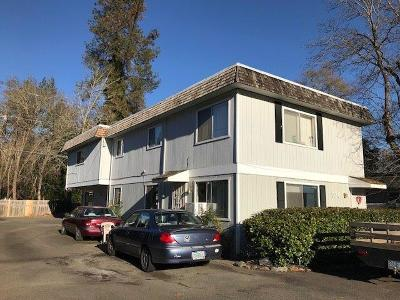 Grants Pass Multi Family Home For Sale: 526 NW C Street