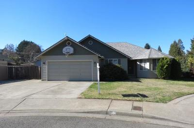 Grants Pass Single Family Home For Sale: 150 Anastasia Court