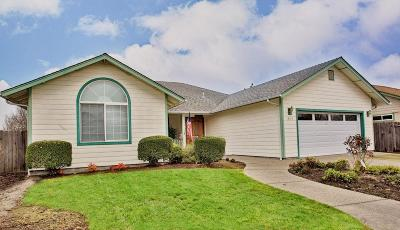 Grants Pass Single Family Home For Sale: 1849 SW J Street