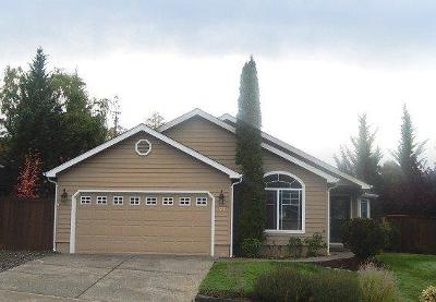 Grants Pass OR Single Family Home For Sale: $268,000