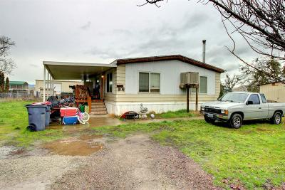 Jackson County, Josephine County Single Family Home For Sale: 6607 Pinehurst Street