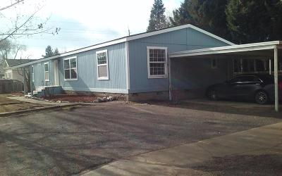 Medford OR Single Family Home For Sale: $229,500