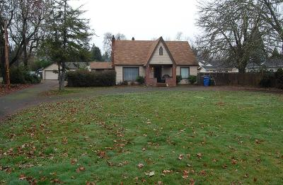 Grants Pass Single Family Home For Sale: 1247 Fruitdale Drive
