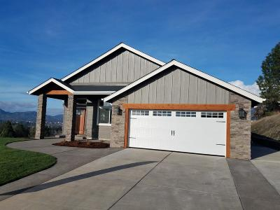 Grants Pass Single Family Home For Sale: 2333 Robertson Crest