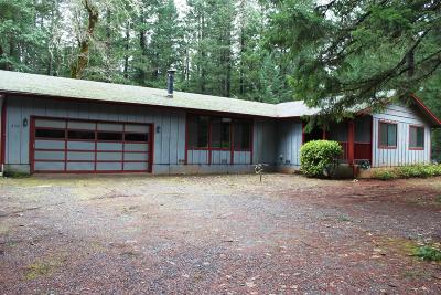 Josephine County Single Family Home For Sale: 230 Fir Canyon Road
