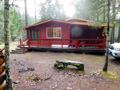 Josephine County Single Family Home For Sale: 35055 Redwood Highway