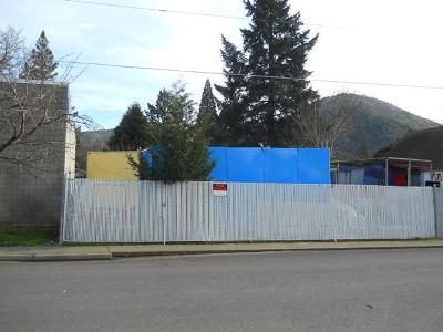 Rogue River Residential Lots & Land For Sale: Oak Street