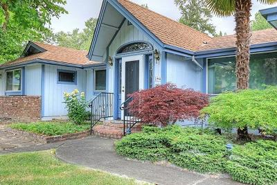 Grants Pass OR Single Family Home Pending: $625,000
