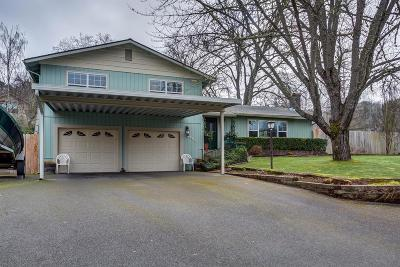 Grants Pass Single Family Home For Sale: 2201 Mayfield Drive