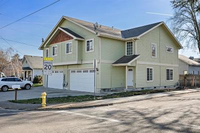 Central Point Single Family Home For Sale: 110 Cedar Street