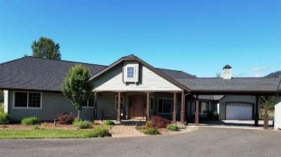 Grants Pass Single Family Home For Sale: 257 Quail Lane Lane