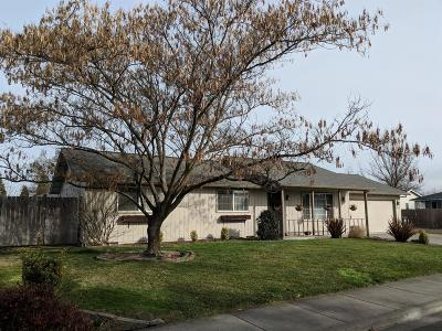Medford OR Single Family Home Pending: $289,990
