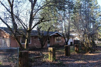 Jackson County, Josephine County Single Family Home For Sale: 634 Fredrick Court Court