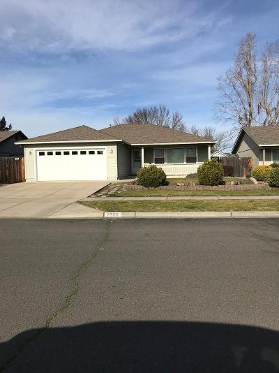 Medford Single Family Home For Sale: 2350 Stonefield Way