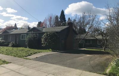 Grants Pass Multi Family Home For Sale: 315 SE K Street