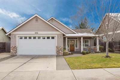 Eagle Point Single Family Home For Sale: 634 Cedar Wood Drive