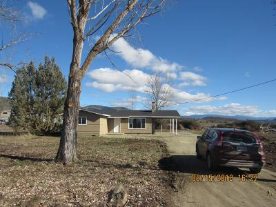 Eagle Point Single Family Home For Sale: 2695 Ball Road