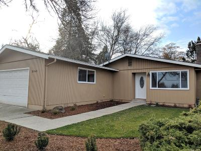 Medford OR Single Family Home Pending: $249,900