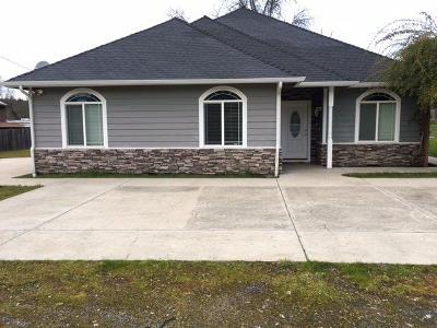 Grants Pass Single Family Home For Sale: 362 E Woodside Street