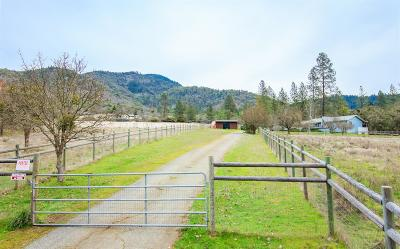 Grants Pass OR Single Family Home Pending: $395,000