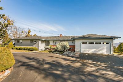 Medford Single Family Home For Sale: 4232 Pioneer
