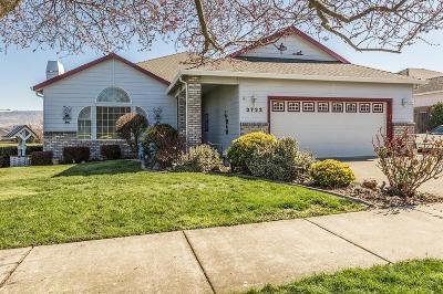 Medford Single Family Home For Sale: 3722 Mallard Lane