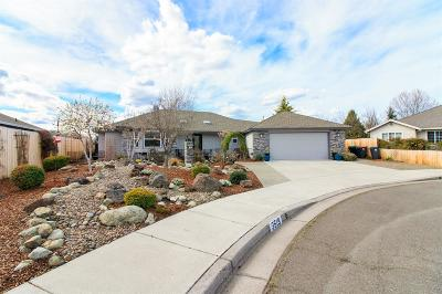 Jackson County, Josephine County Single Family Home For Sale: 3519 Shawna Drive